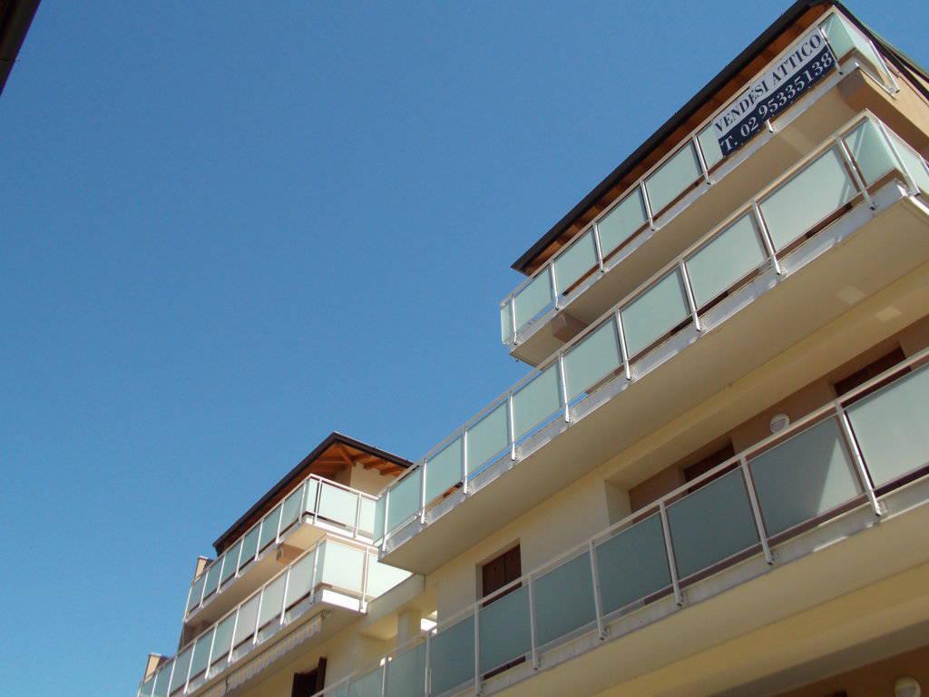 Case-con-terrazzo-in-vendita-a-San-Giuliano-Milanese-10