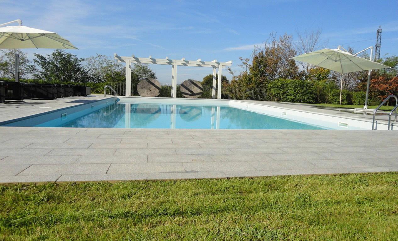 Case-in-vendita-a-Besana-Brianza-con-piscina-6