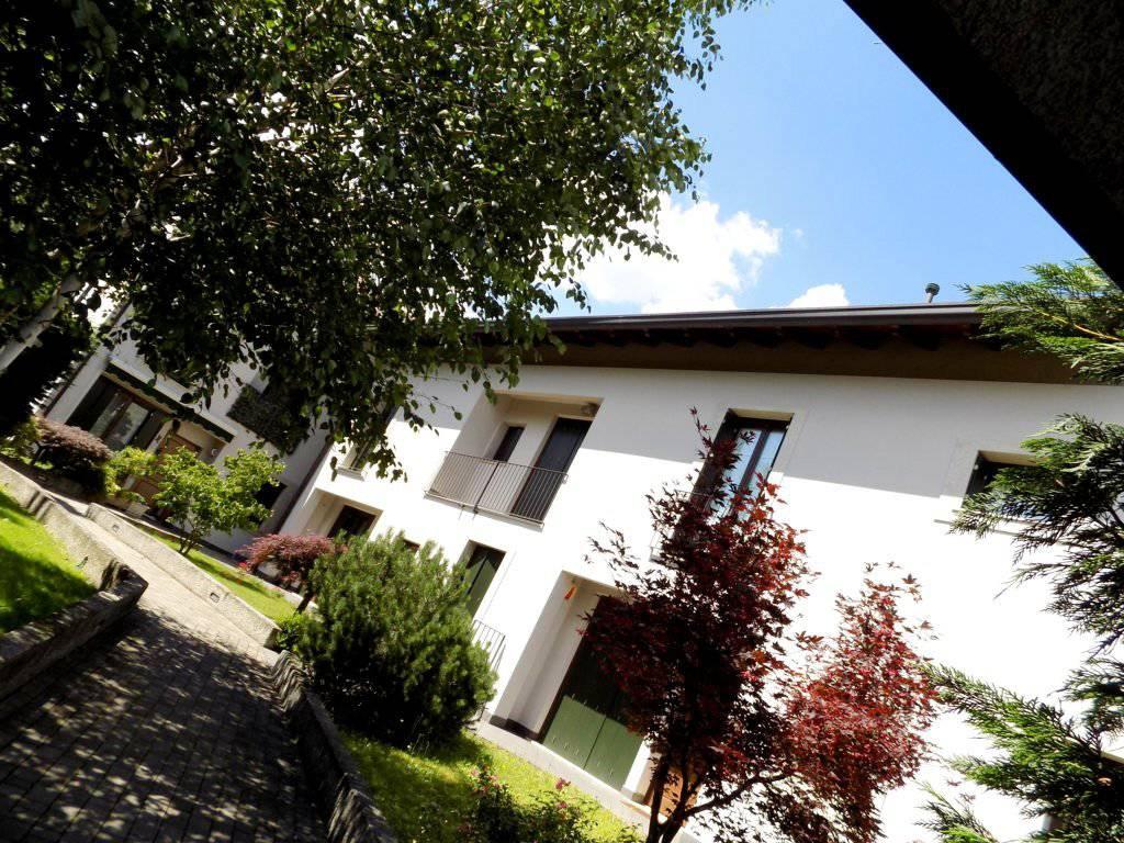 Case-in-vendita-con-giardino-a-Bernareggio-8
