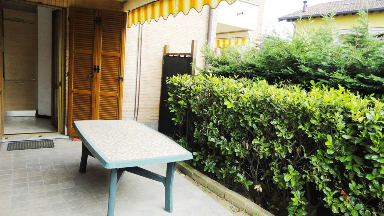 Case-in-vendita-con-giardino-a-Burago-Molgora-MB-11
