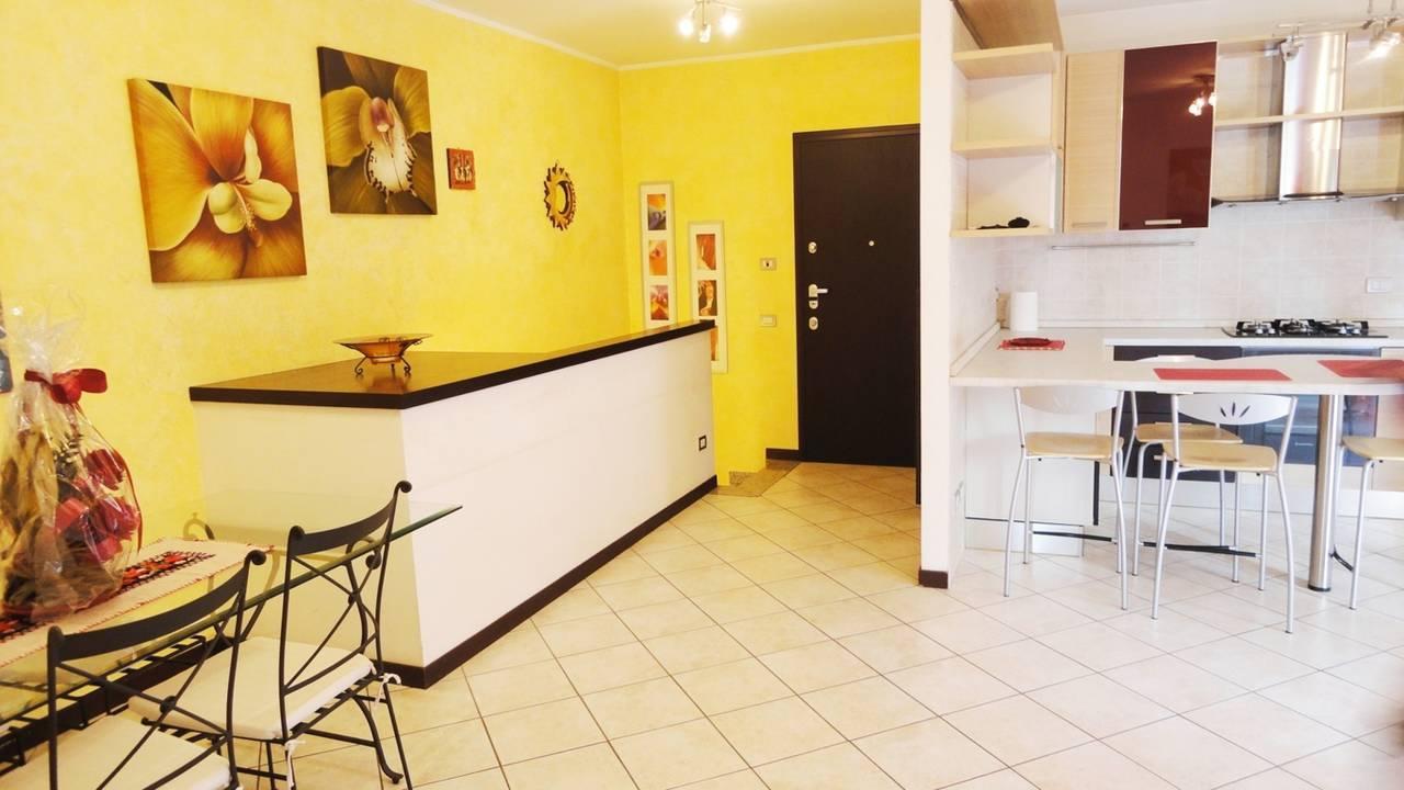 Case-in-vendita-con-giardino-a-Burago-Molgora-MB-14