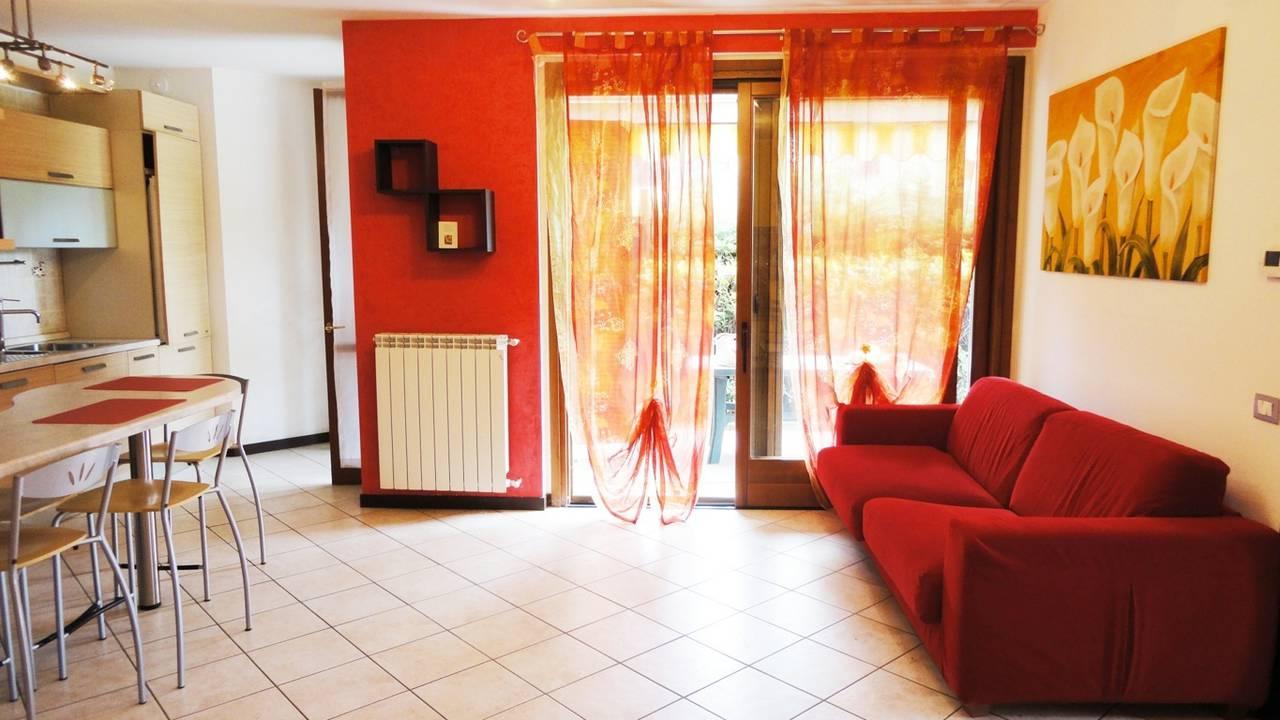 Case-in-vendita-con-giardino-a-Burago-Molgora-MB-3