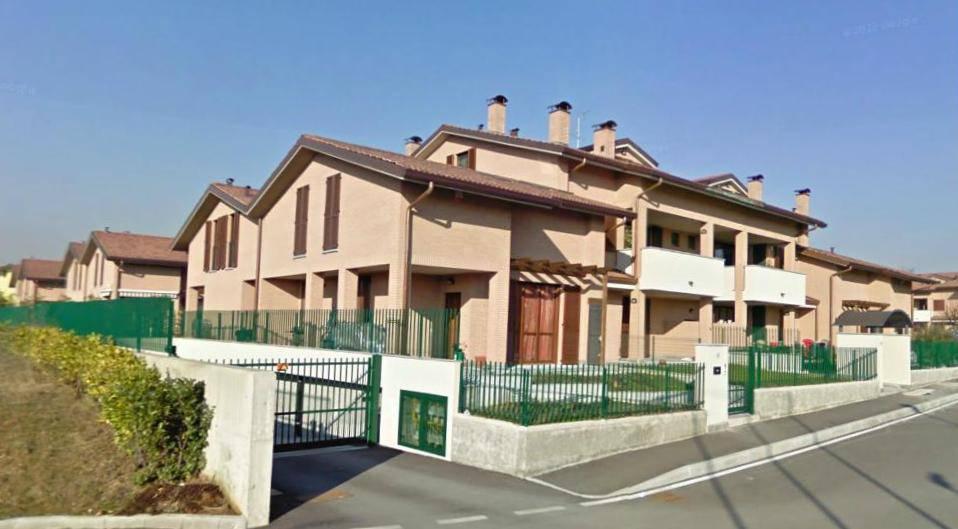 Case-in-vendita-con-giardino-a-Cavenago-Brianza-1