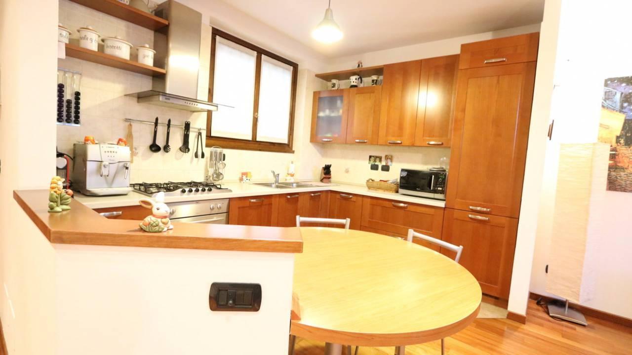 Case-in-vendita-con-giardino-in-Cavenago-Brianza-1