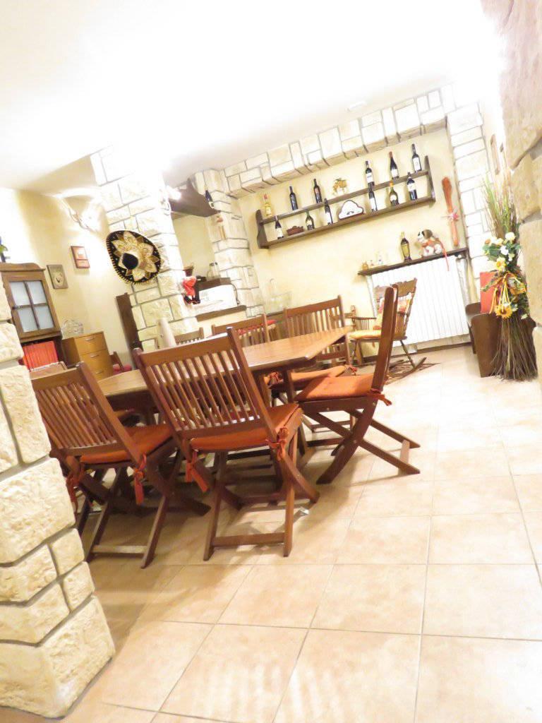 Case-in-vendita-con-giardino-in-Cavenago-Brianza-16