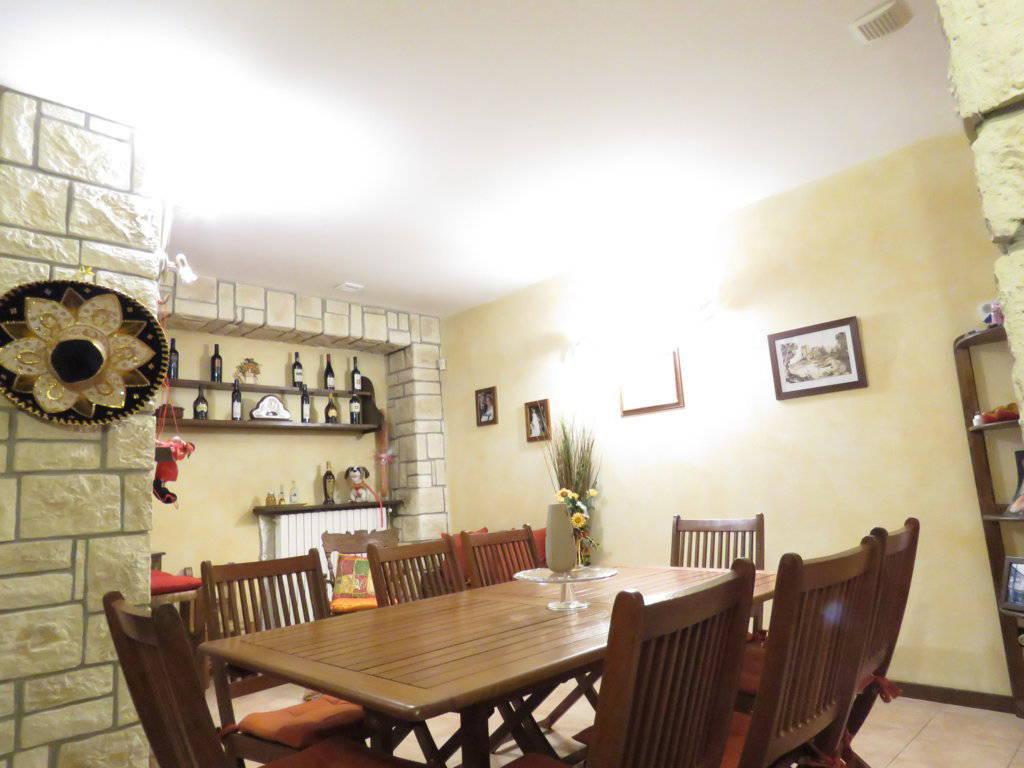 Case-in-vendita-con-giardino-in-Cavenago-Brianza-18