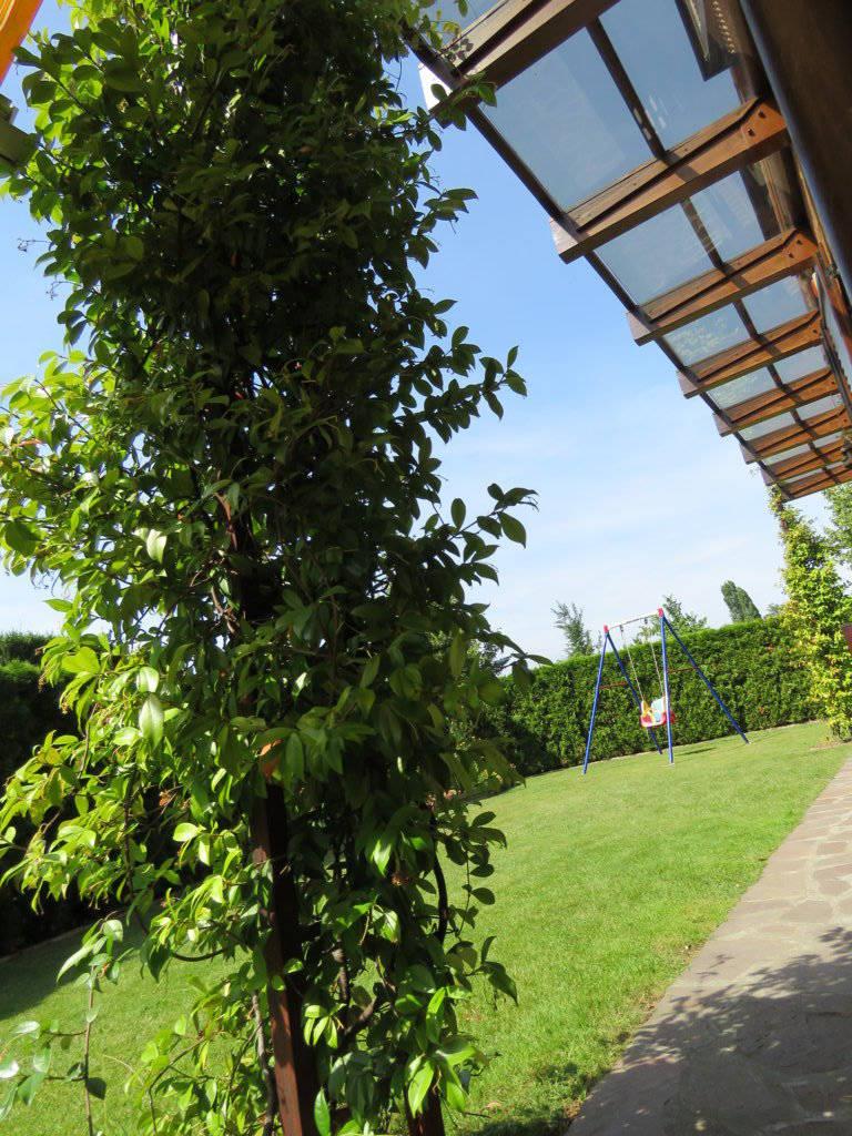 Case-in-vendita-con-giardino-in-Cavenago-Brianza-22