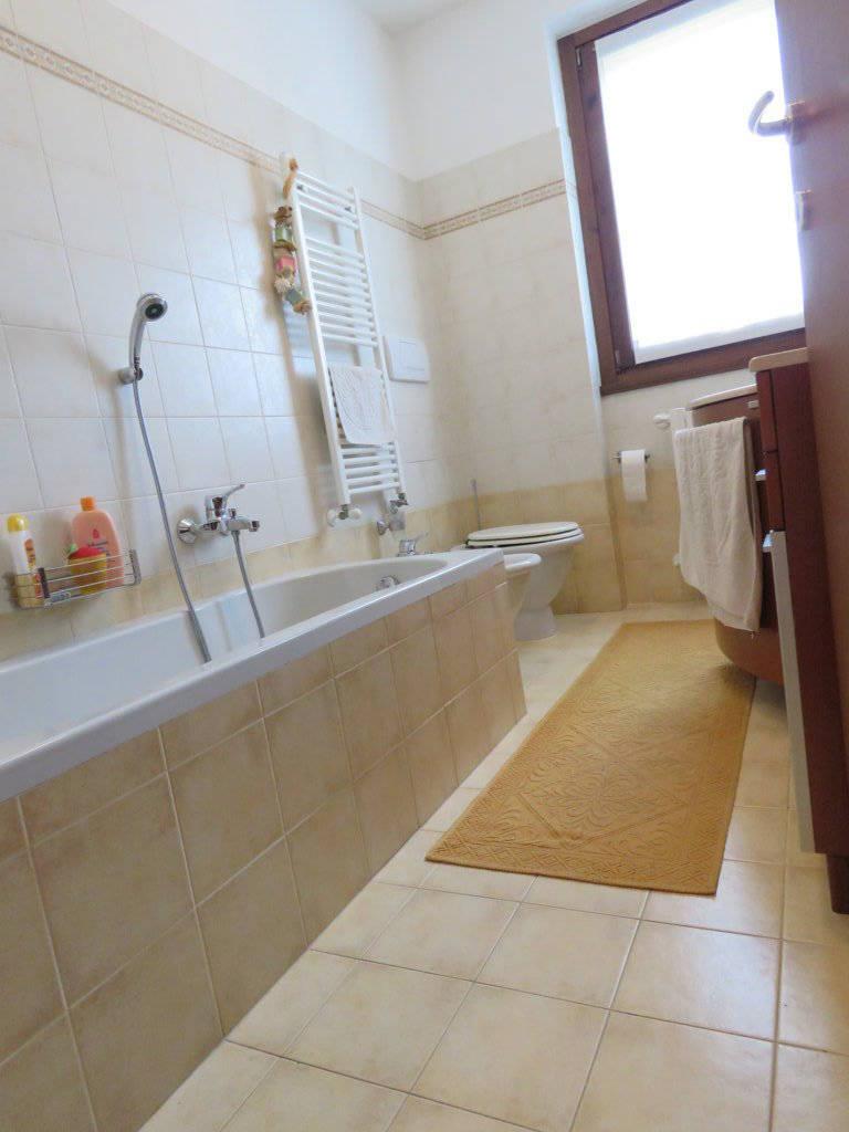 Case-in-vendita-con-giardino-in-Cavenago-Brianza-24