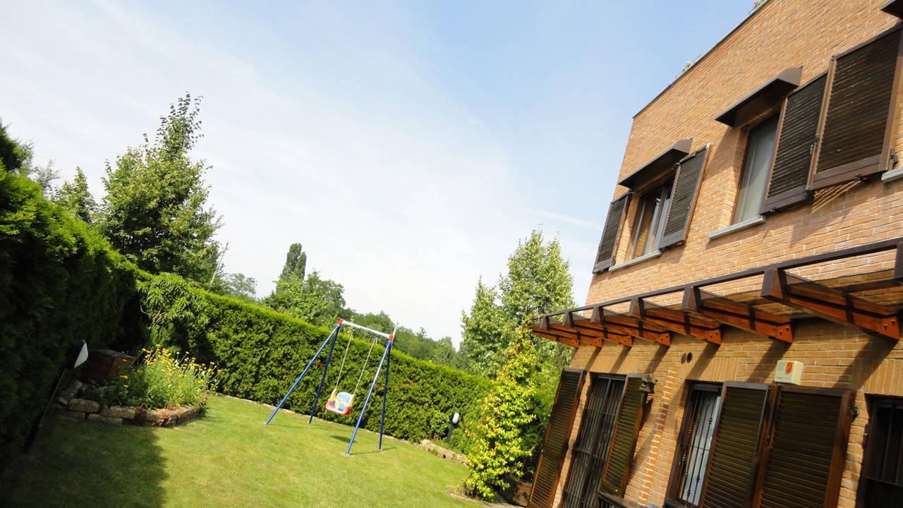 Case-in-vendita-con-giardino-in-Cavenago-Brianza-28