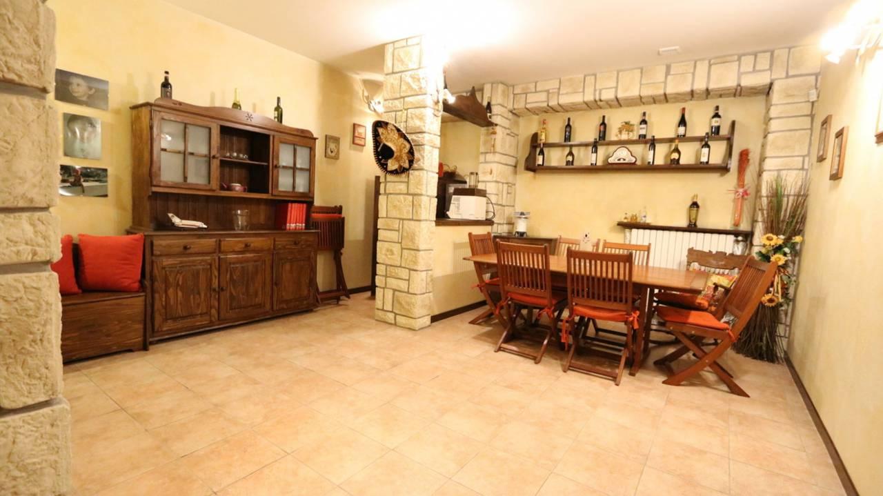 Case-in-vendita-con-giardino-in-Cavenago-Brianza-6