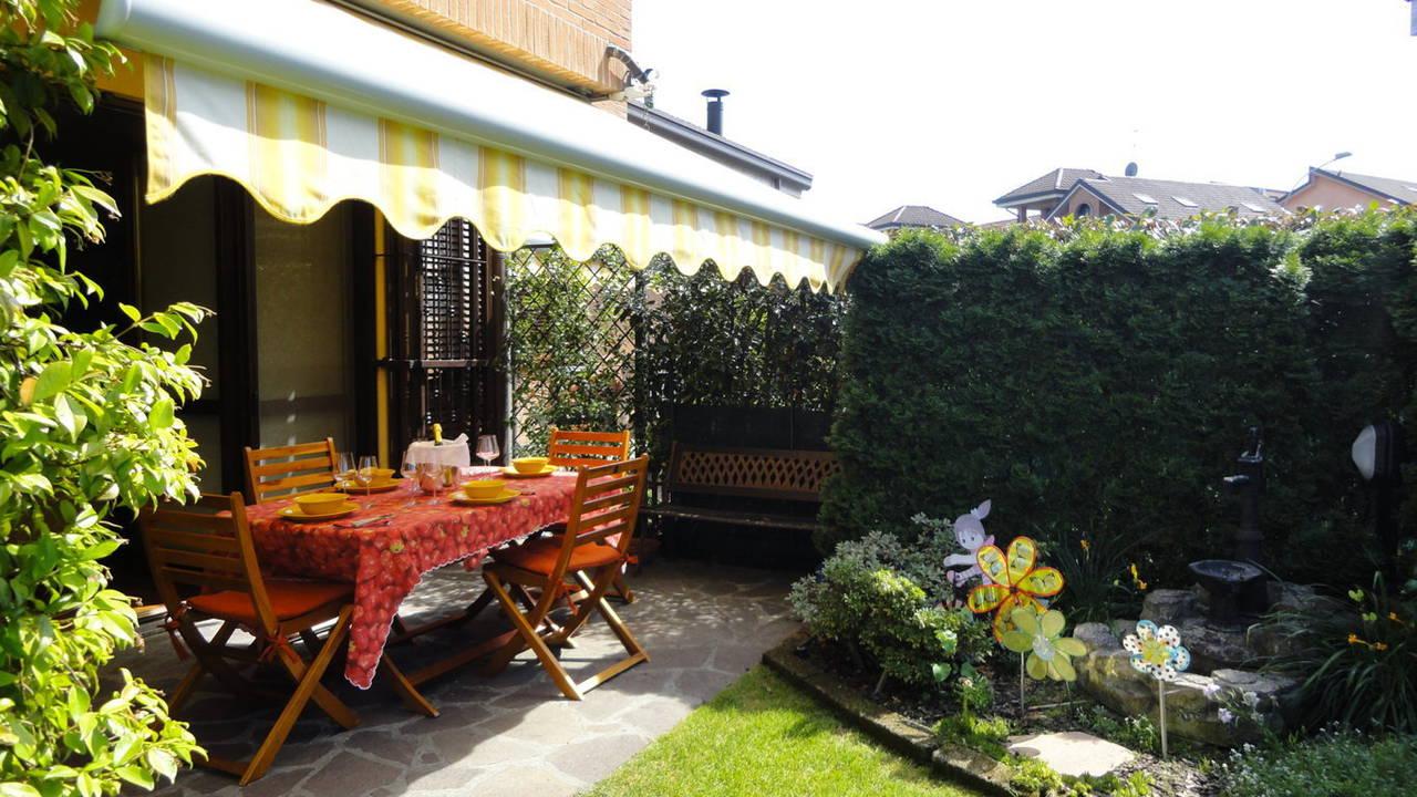 Case-in-vendita-con-giardino-in-Cavenago-Brianza