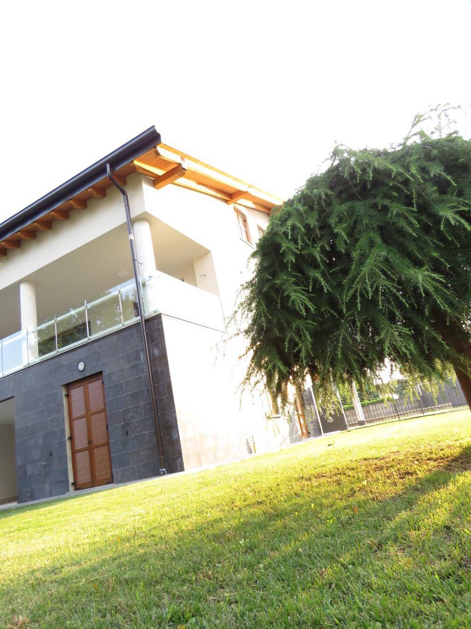 Case-nuove-in-vendita-in-Burago-di-Molgora-Monza-Brianza-16
