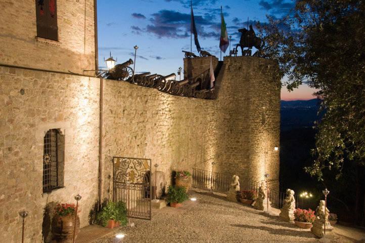 Castello-di-Castelleone-in-vendita-a-Deruta-Perugia-5