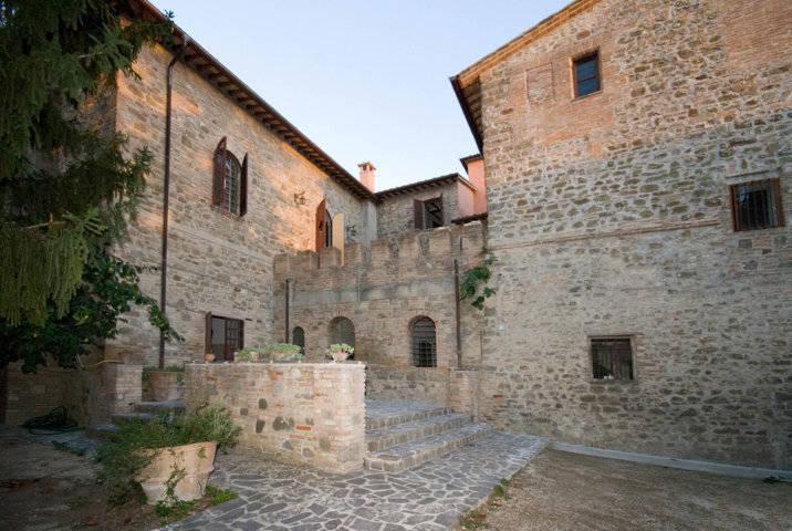 Castello-di-Castelleone-in-vendita-a-Deruta-Perugia-8