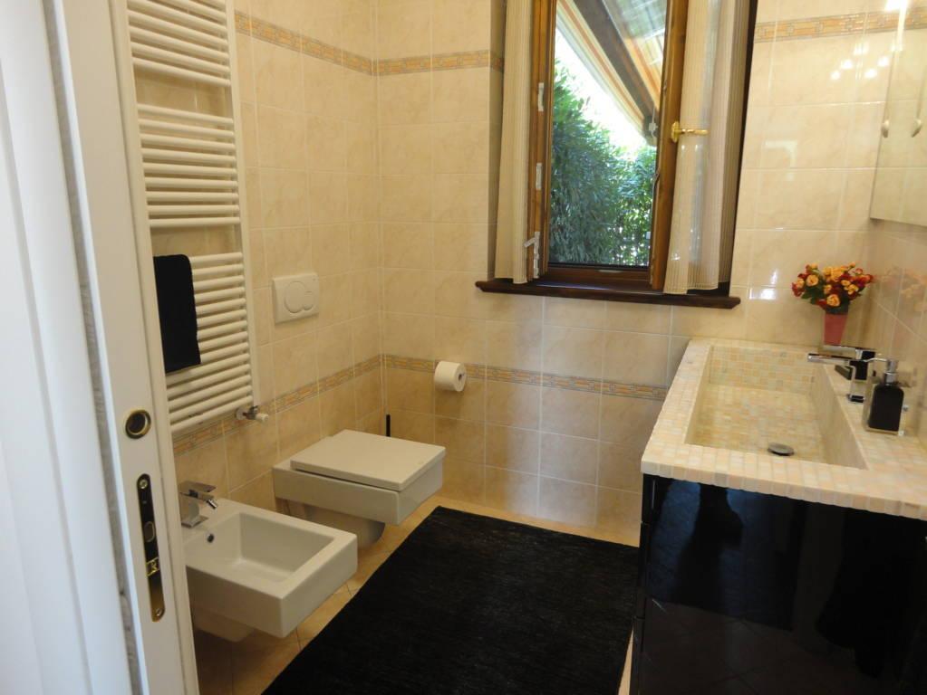 In-vendita-villa-a-Cavenago-Brianza-14