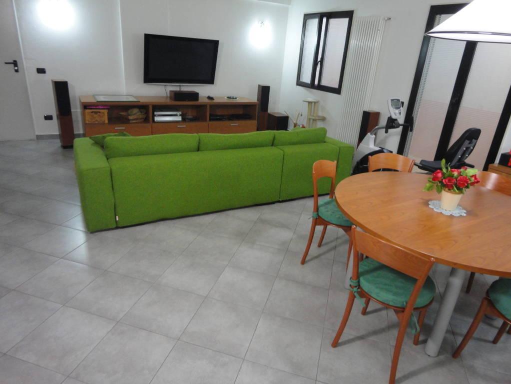 In-vendita-villa-a-Cavenago-Brianza-28
