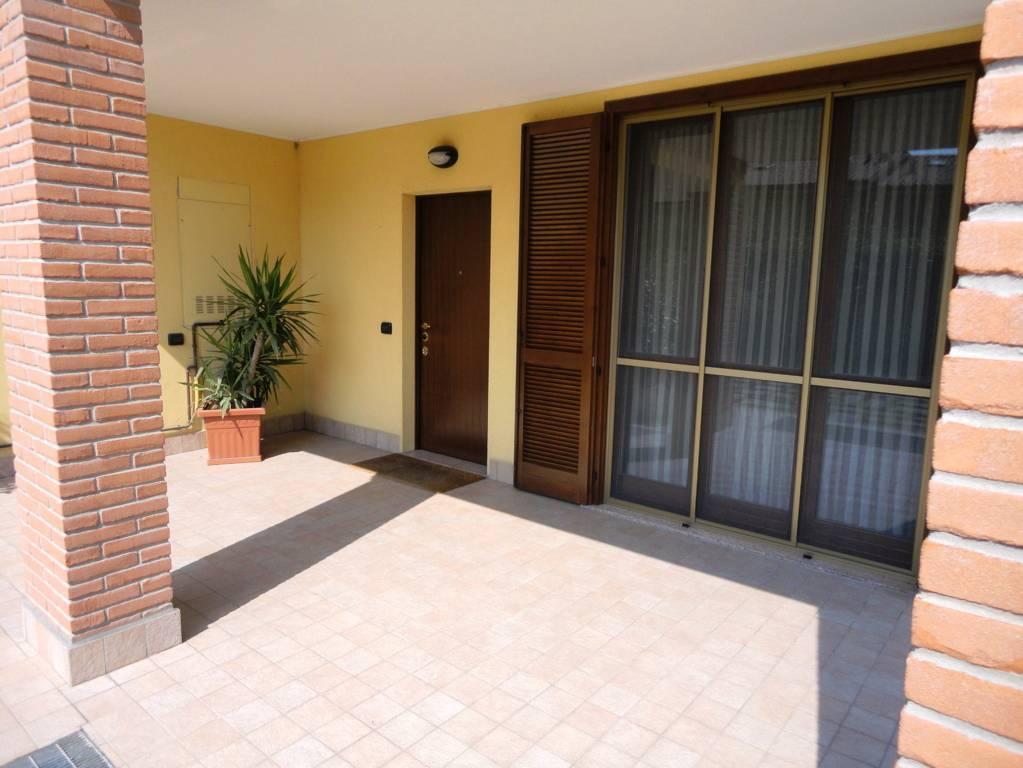 In-vendita-villa-a-Cavenago-Brianza-3