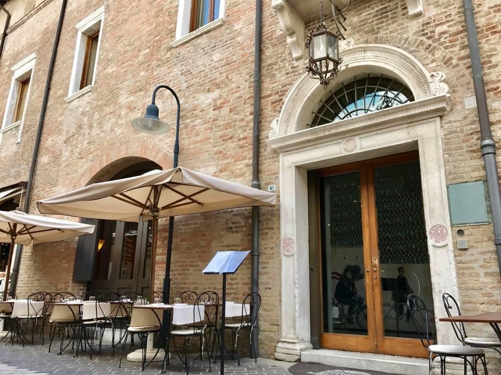 Palazzo-storico-in-vendita-a-Ravenna-1
