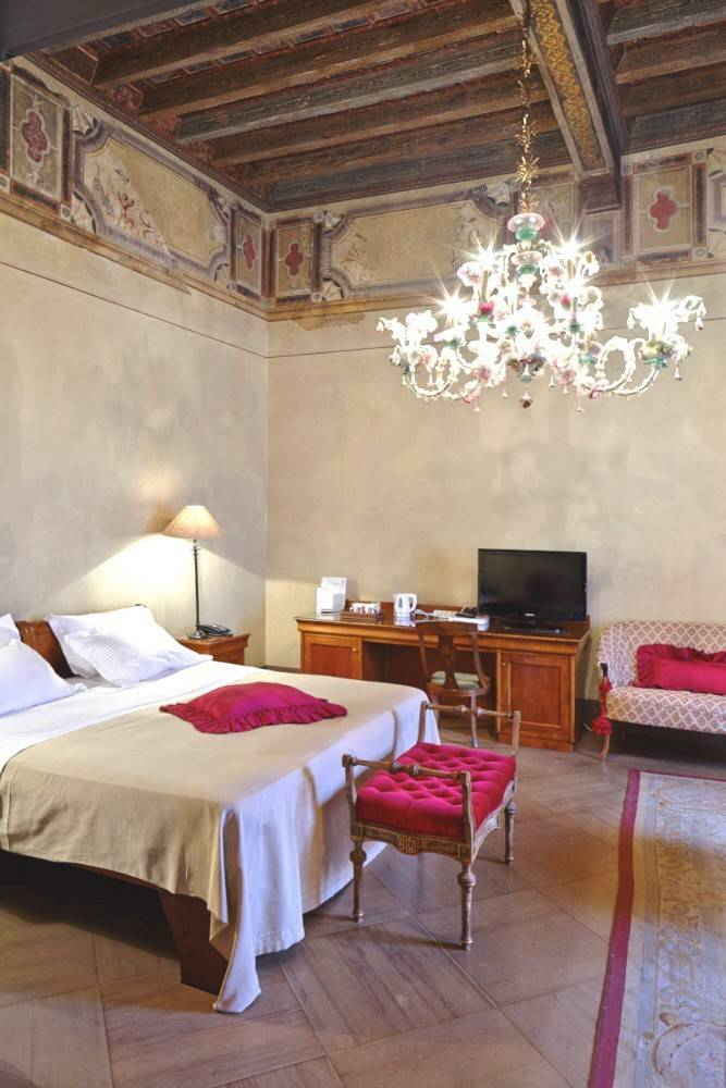 Palazzo-storico-in-vendita-a-Ravenna-23