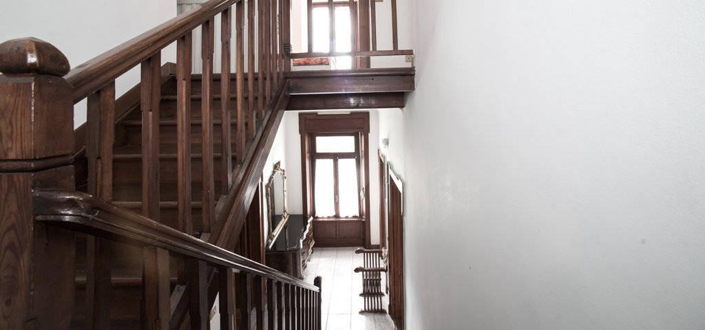 Porzione-di-villa-bifamigliare-in-vendita-a-Lanzo-d39Intelvi-15