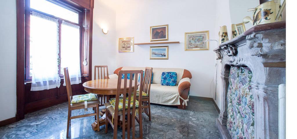 Porzione-di-villa-bifamigliare-in-vendita-a-Lanzo-d39Intelvi-6