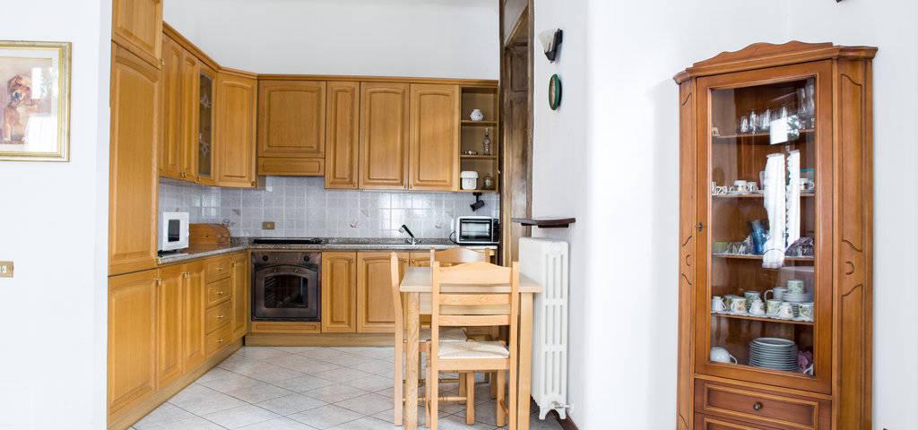 Porzione-di-villa-bifamigliare-in-vendita-a-Lanzo-d39Intelvi-9