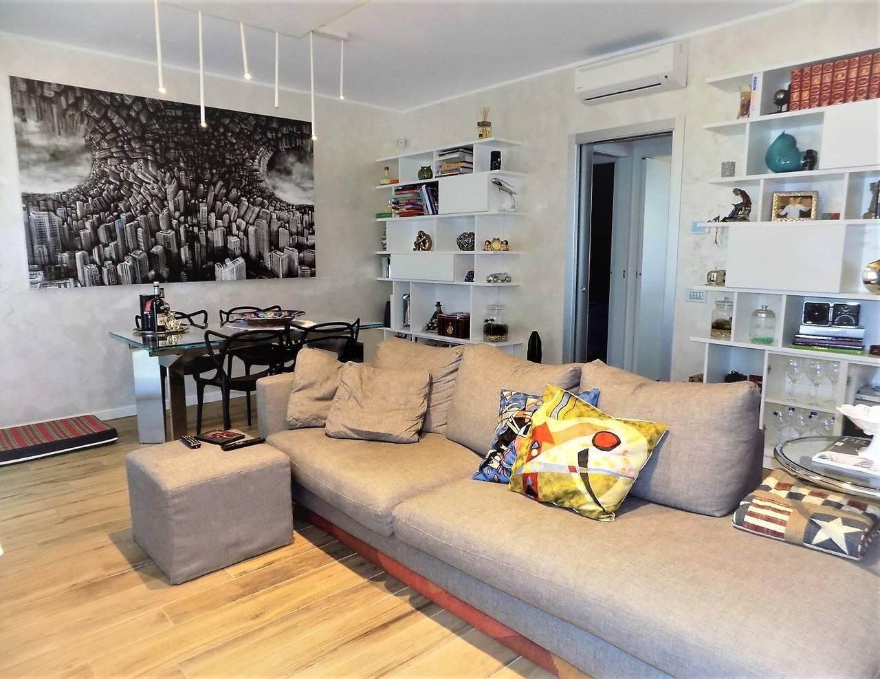 Porzione-villa-bifamigliare-ristrutturata-in-vendita-a-Carnate-5