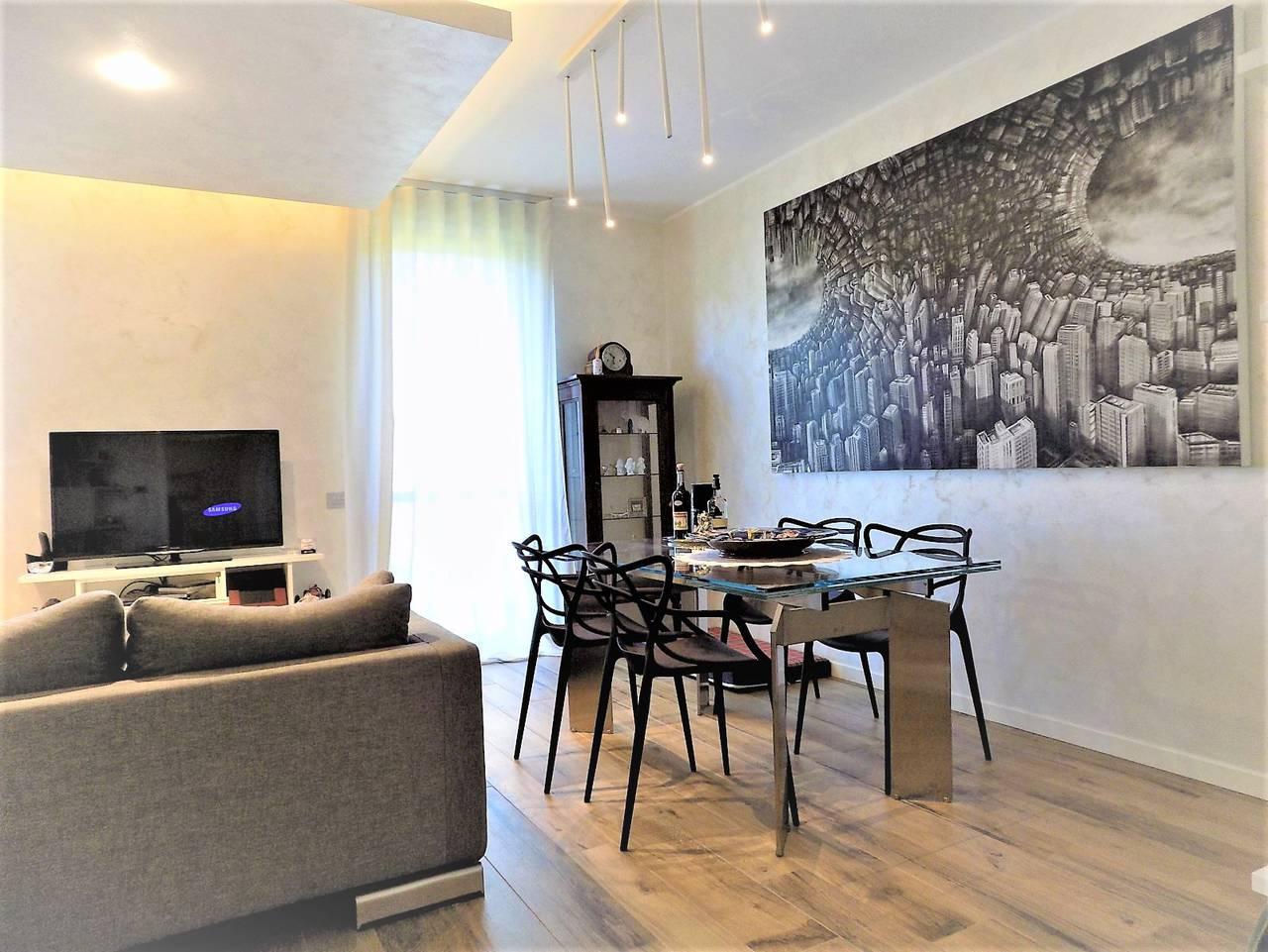 Porzione-villa-bifamigliare-ristrutturata-in-vendita-a-Carnate-6