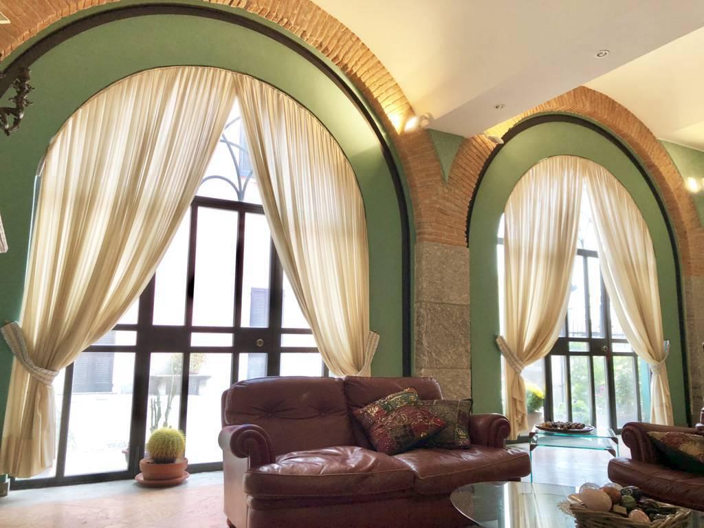Residenza-d8217epoca-con-parco-in-vendita-a-Albese-con-Cassano-12