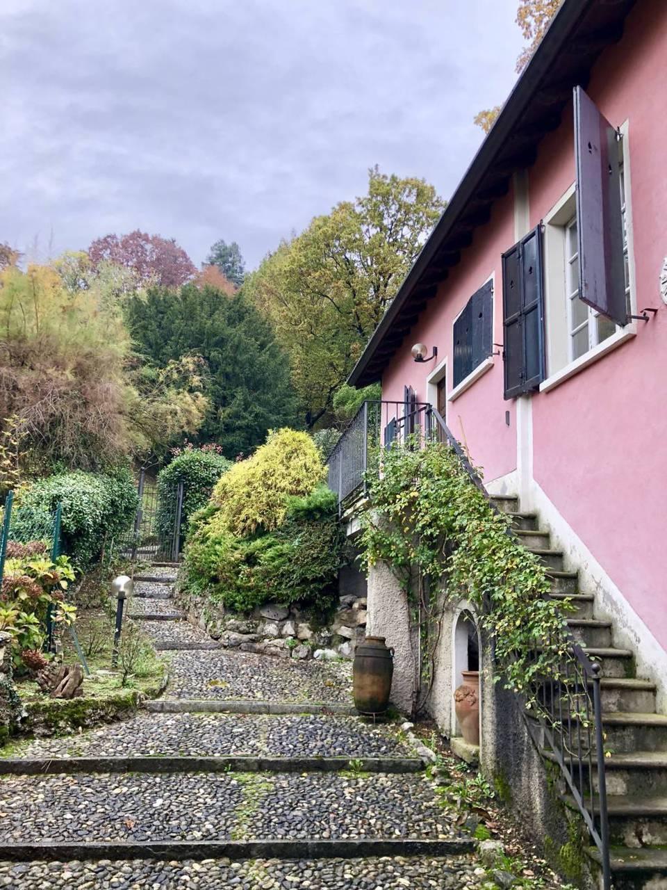 Residenza-d8217epoca-con-parco-in-vendita-a-Albese-con-Cassano-19