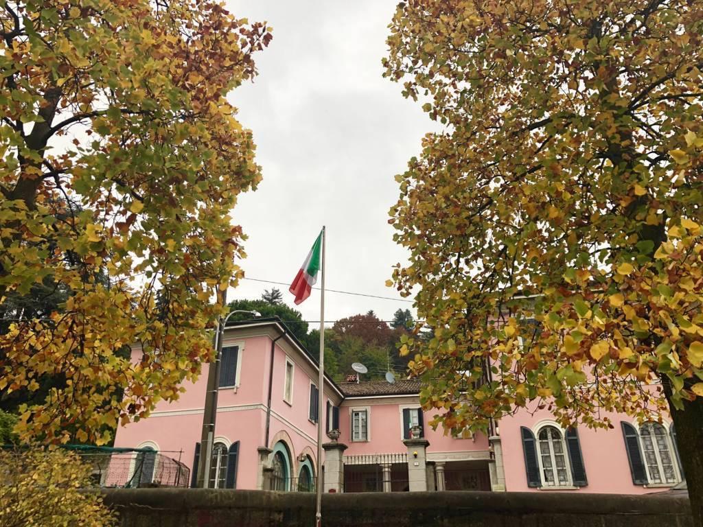 Residenza-d8217epoca-con-parco-in-vendita-a-Albese-con-Cassano-2