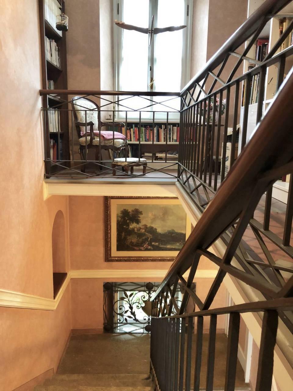 Residenza-d8217epoca-con-parco-in-vendita-a-Albese-con-Cassano-26