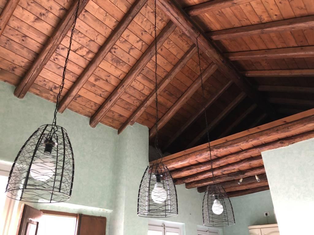 Residenza-d8217epoca-con-parco-in-vendita-a-Albese-con-Cassano-32