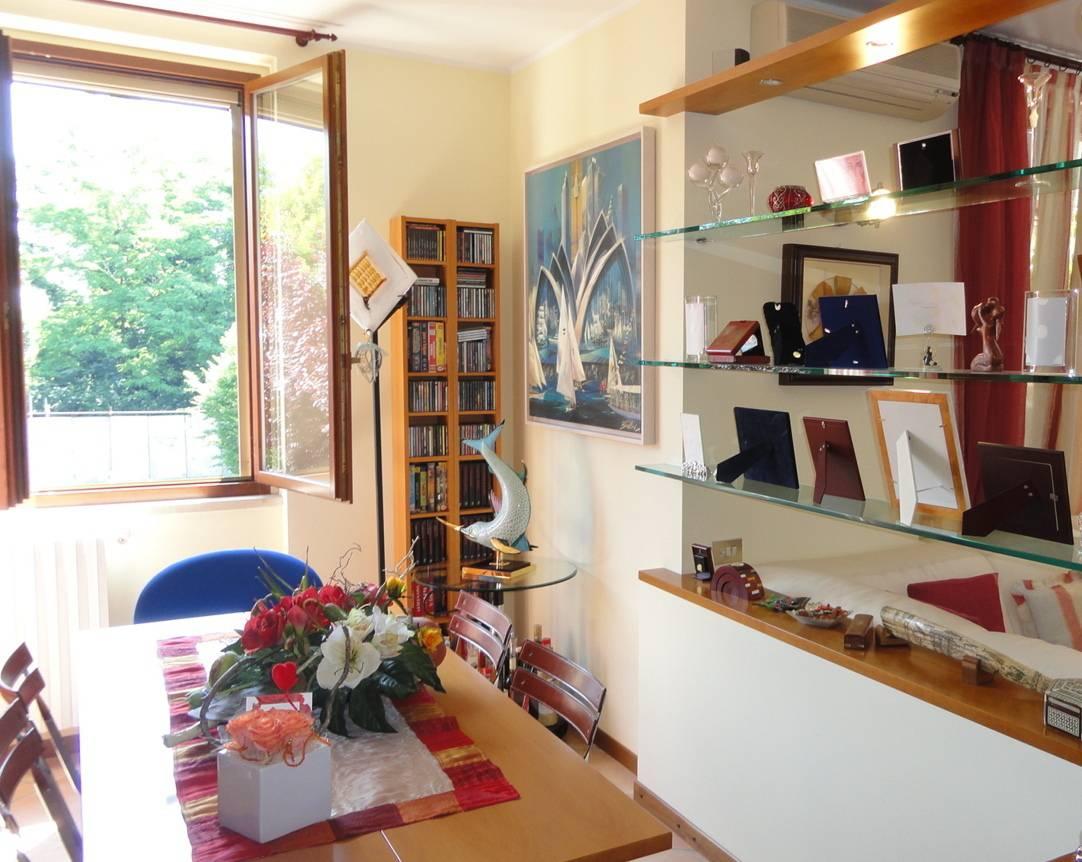 Trilocale-in-vendita-a-Cambiago-con-terrazzo-5