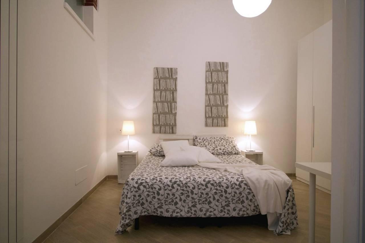Una-casa-di-design-in-una-corte-a-Milano-9