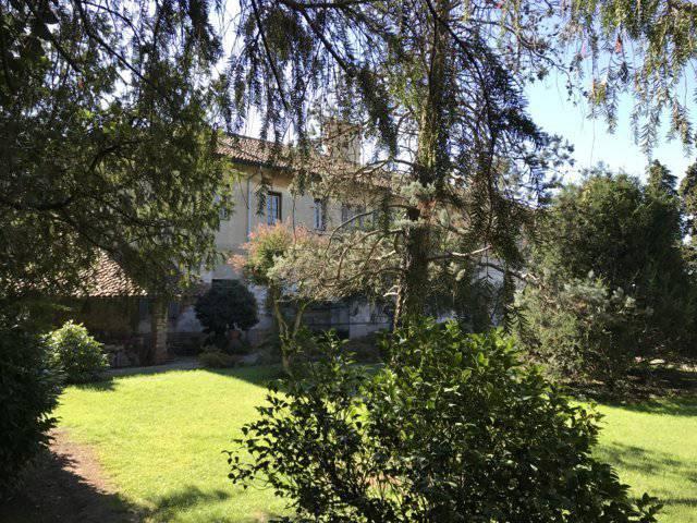 Villa Epoca con parco in vendita a Zibido San Giacomo