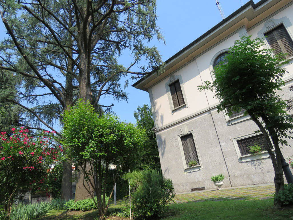 Villa-Epoca-di-pregio-in-vendita-a-Monza-1