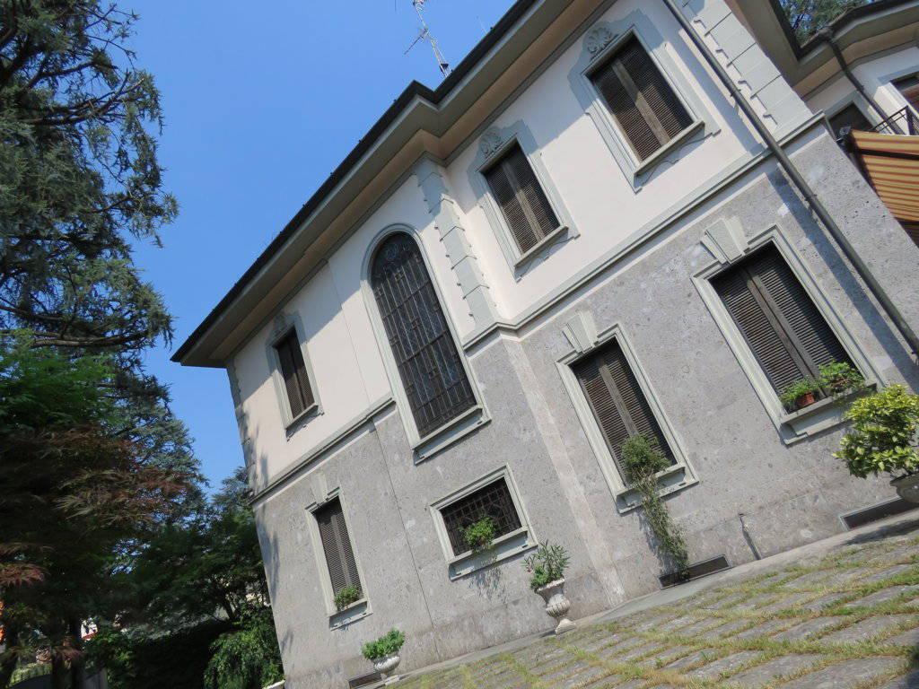 Villa-Epoca-di-pregio-in-vendita-a-Monza-16