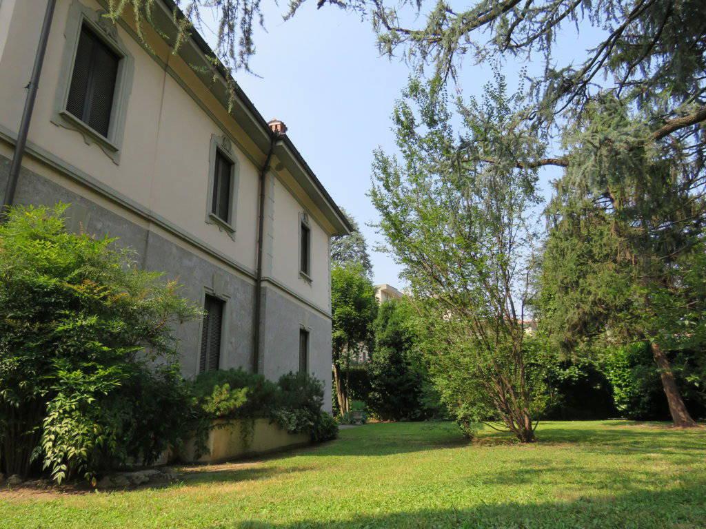 Villa-Epoca-di-pregio-in-vendita-a-Monza-3