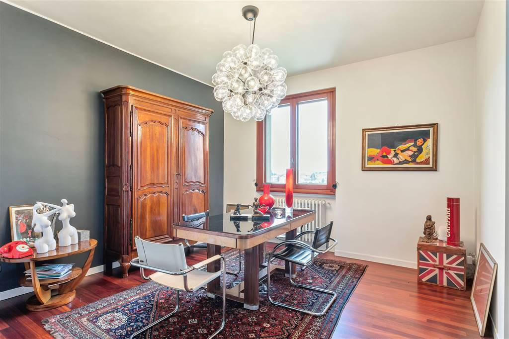 Villa-Merate-in-vendita-giardino-1.500-mq-11