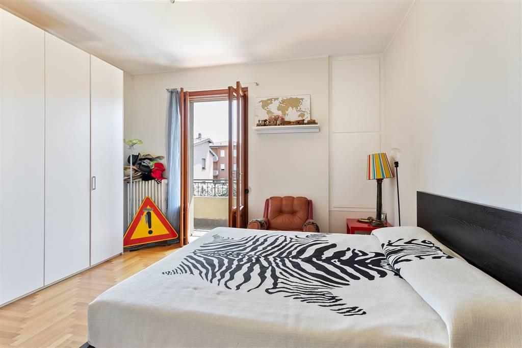 Villa-Merate-in-vendita-giardino-1.500-mq-14