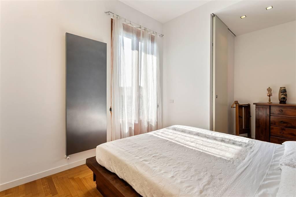 Villa-Merate-in-vendita-giardino-1.500-mq-16
