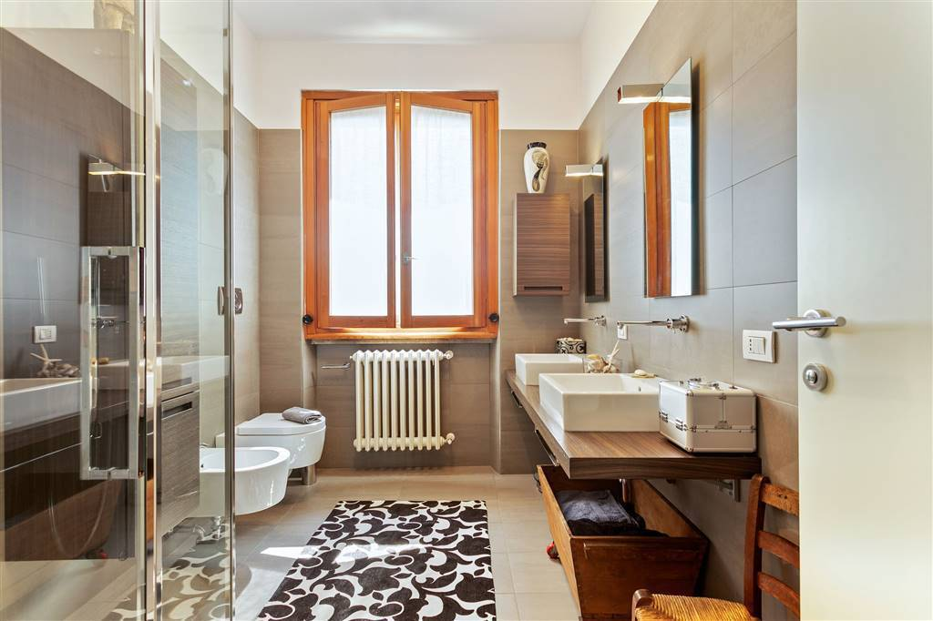 Villa-Merate-in-vendita-giardino-1.500-mq-18