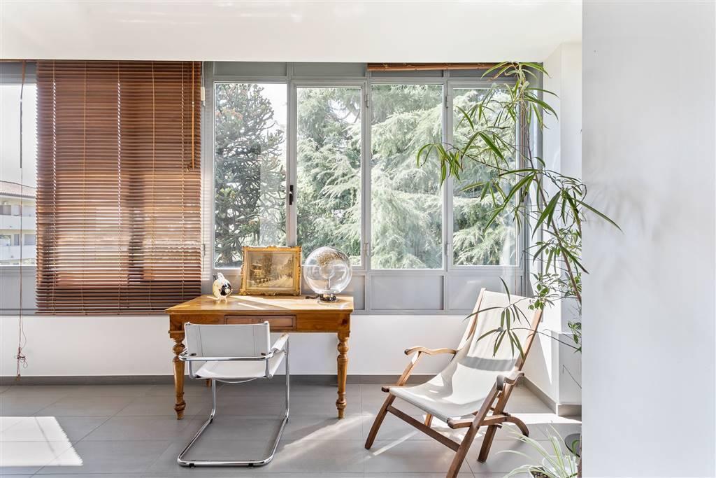 Villa-Merate-in-vendita-giardino-1.500-mq-6