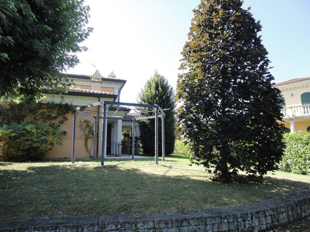 Villa-Singola-in-vendita-a-Montebello-della-Battaglia-Pavia-11