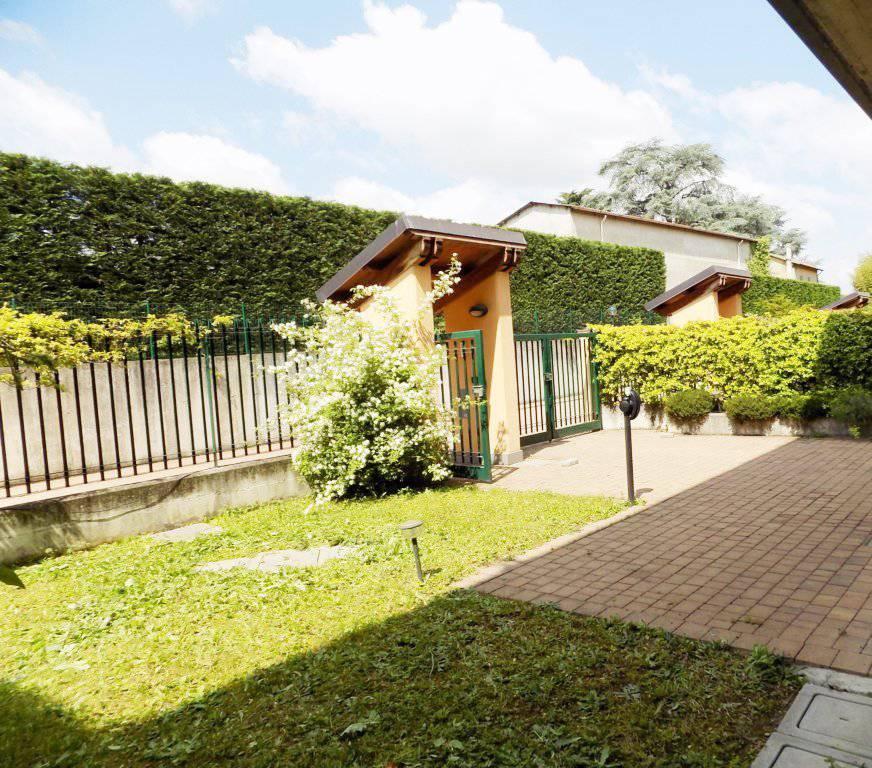 Villa-accogliente-e-curata-in-vendita-a-Cornate-d39Adda-in-Brianza-10