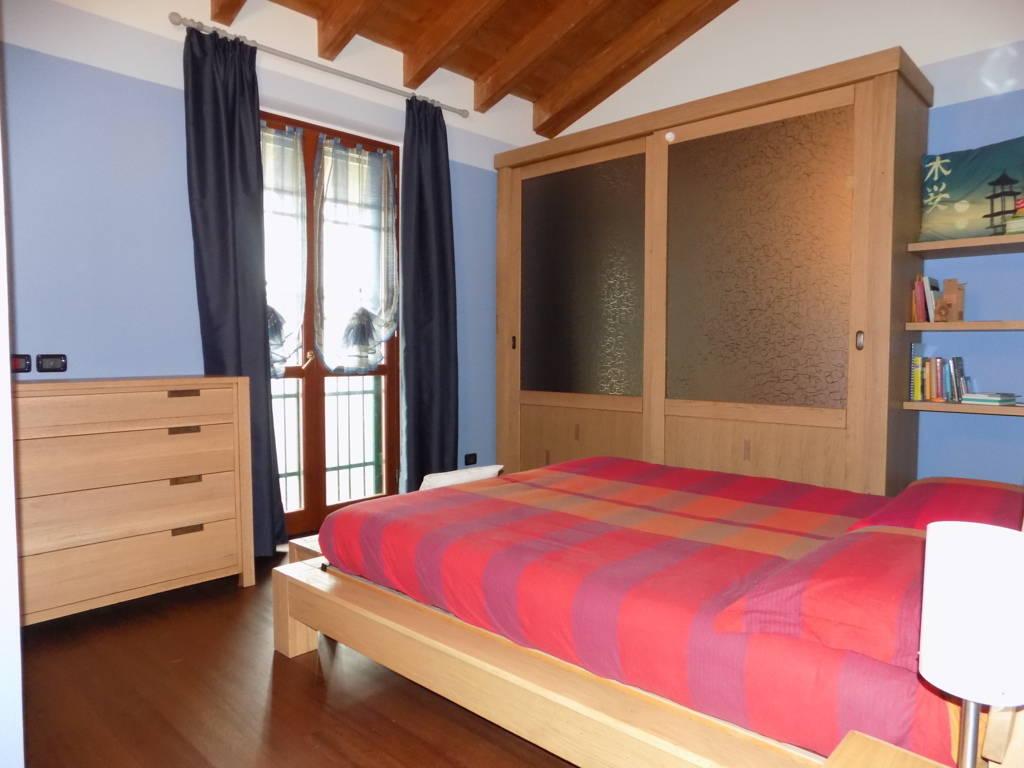 Villa-accogliente-e-curata-in-vendita-a-Cornate-d39Adda-in-Brianza-14