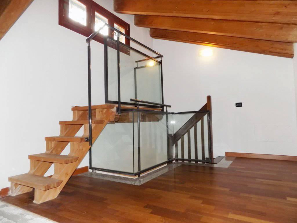Villa-accogliente-e-curata-in-vendita-a-Cornate-d39Adda-in-Brianza-15