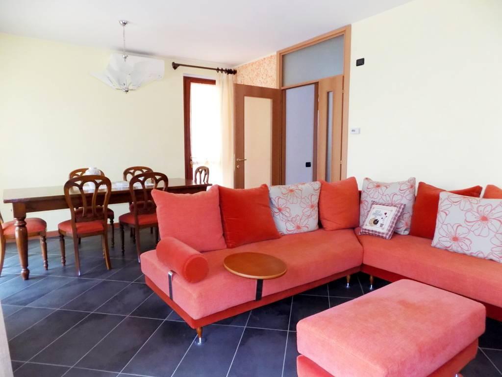 Villa-accogliente-e-curata-in-vendita-a-Cornate-d39Adda-in-Brianza-8
