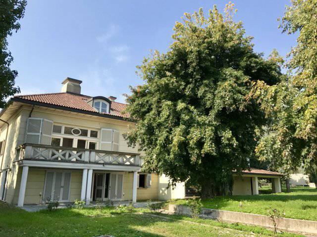 Villa-ampia-metratura-in-vendita-a-Zibido-San-Giacomo-Milano-11